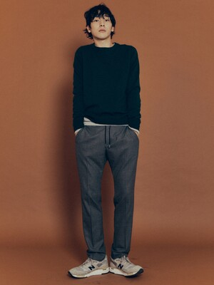 Slim-fit Crepe Wool Relaxed Trousers