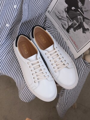 Round Off-White Sneakers Suede Blue#0206R
