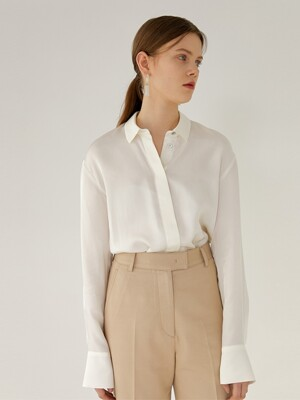 KAREN Soft Touch Long Sleeve Blouse(IVORY)