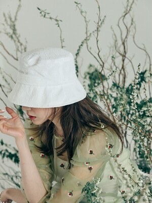 Flower Bucket Hat (White)