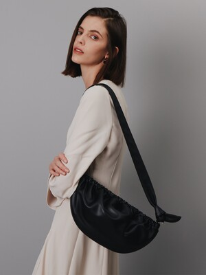 소프트 뇨끼백 L soft Gnocchi Bag L - Black 20도