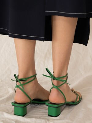 STRAPPY SANDAL D9S10GN
