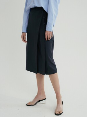 comos'310 pleats bar tack skirt (navy)