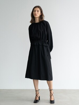 DRAWSTRING WAIST MIDI DRESS (BLACK)