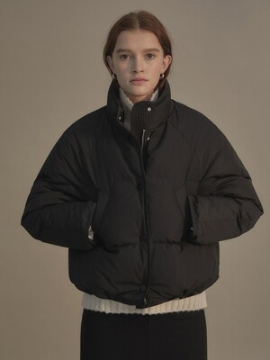 Cropped string puffer jacket (Black)