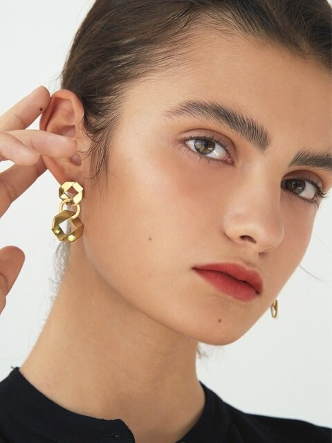Fold Link Earrings