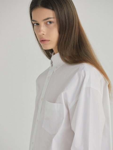 OVERSIZED BUTTON-DOWN SHIRT - WHITE