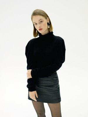 DEMI SHIRRING TURTLENECK_BLACK