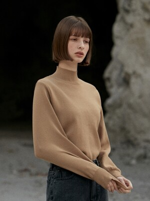 ouie155 Half neck balloon knit (camel)