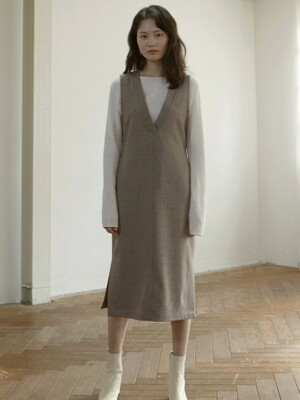 sleeveless wool dress _ mocha beige