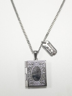 Vintage frame necklace (Silver)