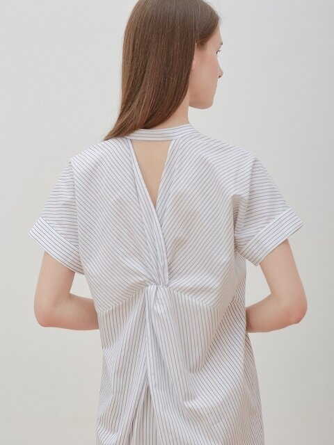 Back-twist dress-stripe