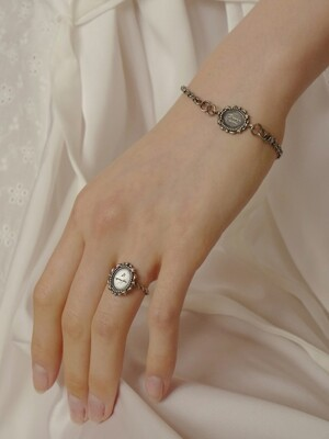 Alice Day Ring