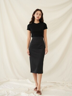 [SET]BASIC T-SHIRTS BLACK+R BACK SLIT SKIRT BLACK