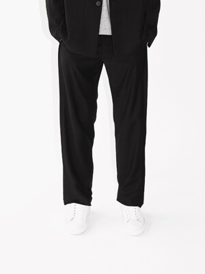 OVERTURE WIDE TROUSERS-BLACK