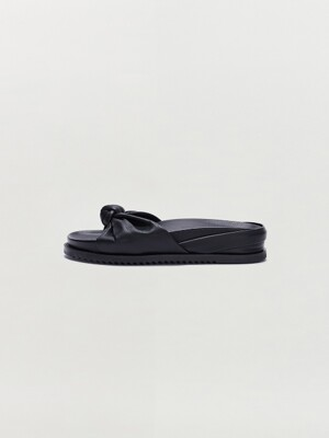 SOY Knotted Slide Sandal - Black