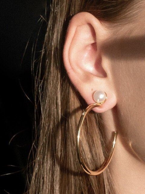 flat pearl and twinkle hoop earrings