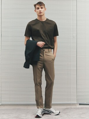 Straight-Fit Plain Chinos_2color