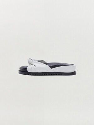 SOY Knotted Slide Sandal - White