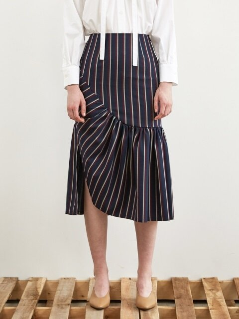 FW18 STRIPE SHIRRING SKIRT NAVY