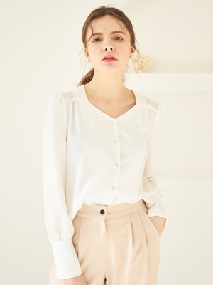 PEARL BUTTON BLOUSE WHITE