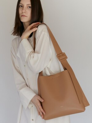 ARC SMALL BUCKET- Artificial Leather_CAMEL