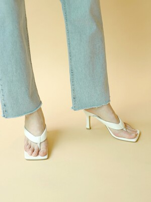 Plait Thong Mules in Milky White