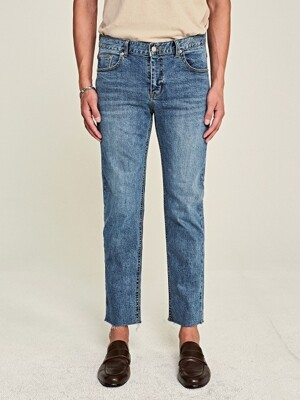 CUT STRAIGHT LINE JEAN_LIGHT DENIM