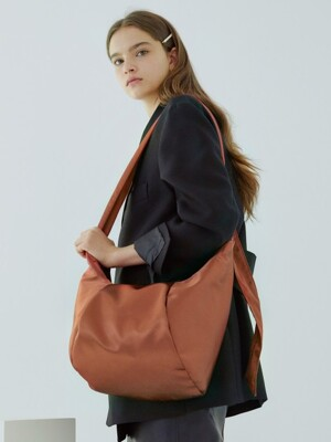 Sling Bag_orangebrown