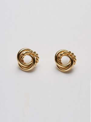 three string twisted post earring