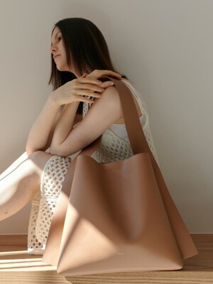 ARC BIG BUCKET Artificial Leather_CAMEL