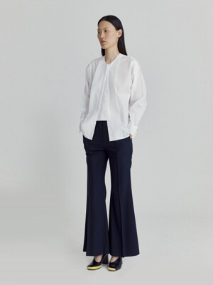 BUTTONED PLACKET BLOUSE (WHITE)