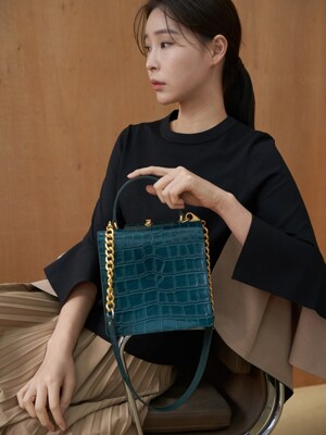 [단독]Truffle bag (Croc deep green)