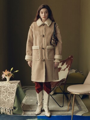 Faux Mouton Long Jacket in Beige_VW0WJ0410