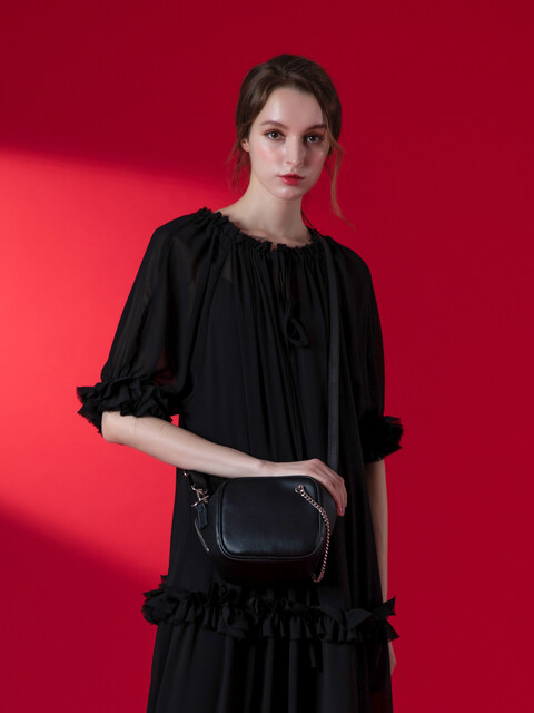 CUTO chain shoulder bag (black)