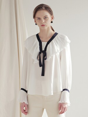 PLEATS COLLAR BLOUSE_WHITE