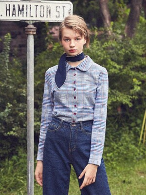 Checkered Slim Button Blouse (Blue)