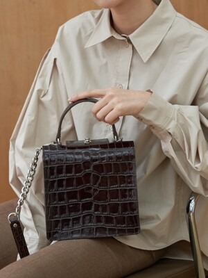 Truffle bag (Croc dark brown)