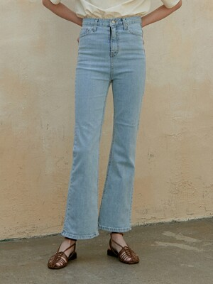 slim bootscut denim pants (light blue)