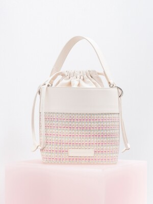 New bucket bag_white