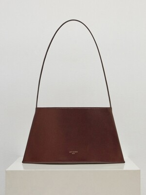 19SS CURVE BAG - BROWN