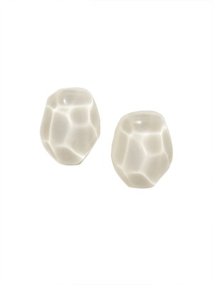 Wave Earring_Ivory