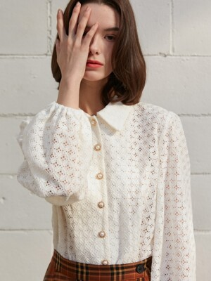 [By Joorti] J388 laced blouse (ivory)