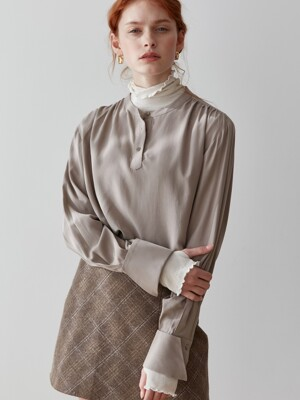 comos'264 henry neck shirring blouse (mocha)