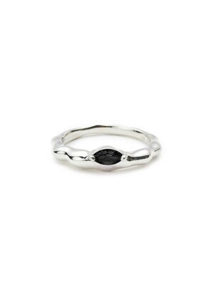 Rugged Stone Ring in Silver VX0SX0500