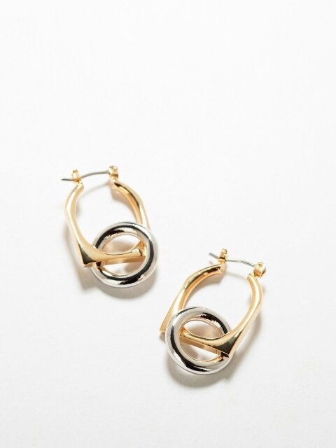 ROUND AND SQUARE HOOP EARRING