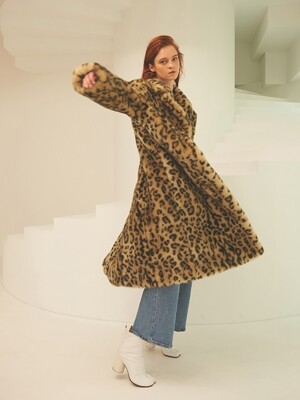 Leopard eco fur coat