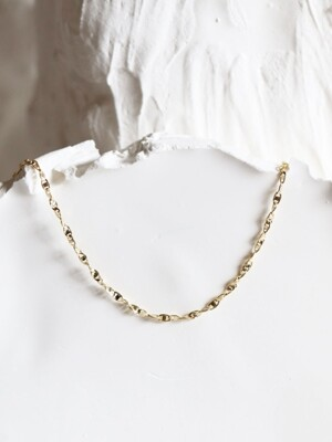 Autumn gold chain choker