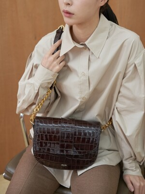 [단독]Saddle bag (Croc dark brown)