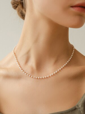 simple pearl line necklace